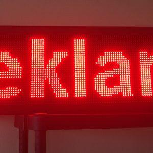 LED reklaminės švieslentė raudona vidaus 100x20 cm